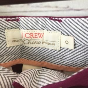J. Crew Shorts - J. Crew City Fit Broken-In Chino Shorts - T4